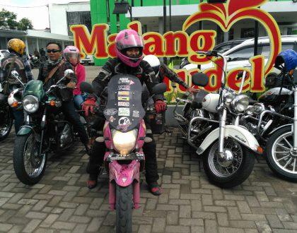 Welcome To Malang, Lady Biker Mouzza Zee!
