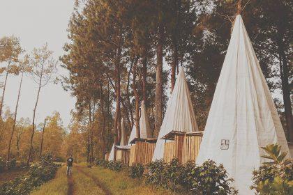 Kampung Indian Apache Camp, Tempat Idola untuk Foto-Foto