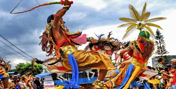 750 Penari Ramaikan Festival Kuda Lumping di Malang