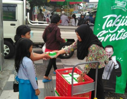 Malang Strudel Bagi 3000 Takjil Gratis Selama Ramadan!