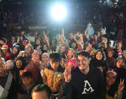 2000 Orang Nobar Film Semangat Pujon By Malang Strudel!