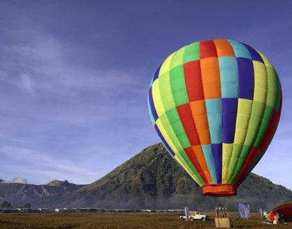 Nggak Kalah Dengan Cappadocia Turki, Balon Udara Sekarang Ada di Bromo!