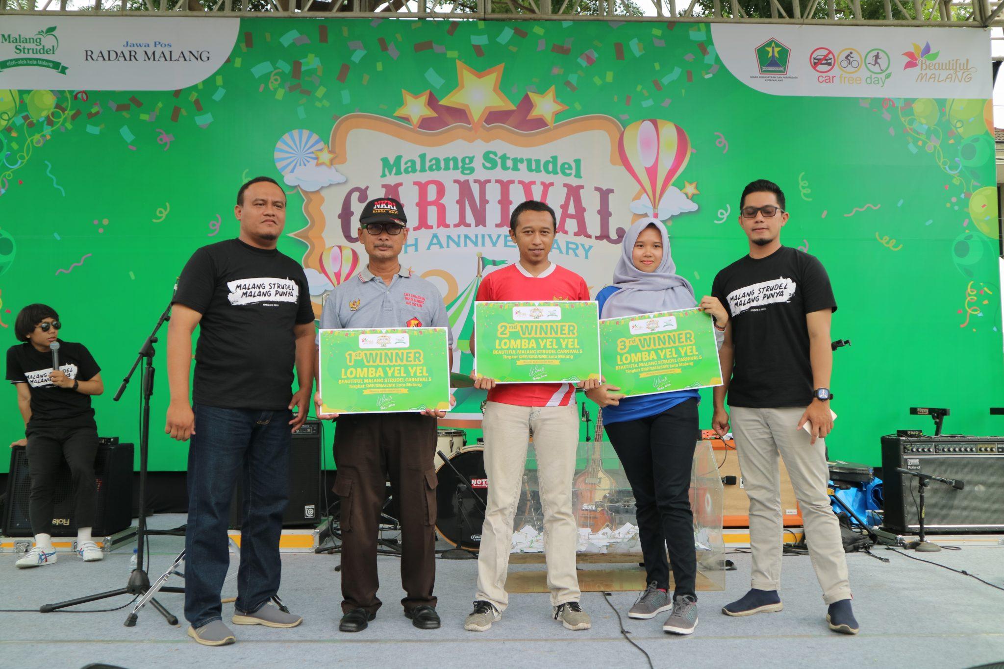 Libatkan Ratusan Siswa-Siswi Malang Raya, Lomba Yel-Yel Beautiful Malang Strudel Carnival Berlangsung Seru!